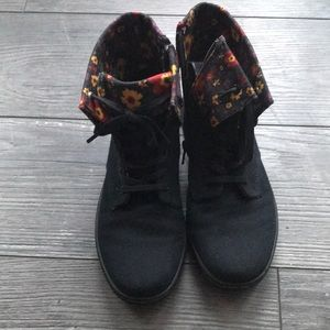 Doc martens girl boots